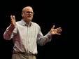 Charles Leadbeater: The era of open innovation