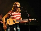 Jill Sobule le canta a Al Gore
