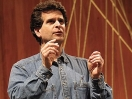Dean Kamen habla sobre inventar y dar