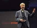 Freeman Dyson: busquemos vida en el sistema solar exterior