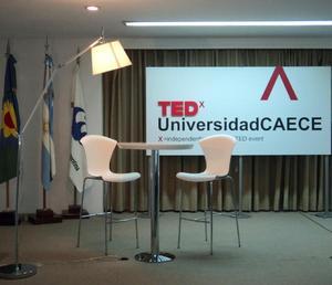 TEDxUniversidadCAECE