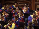 Gustavo Dudamel rege a Orquesta Juvenil Teresa Carreo