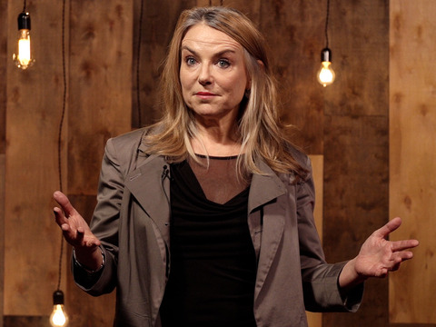 TED: Esther Perel: The secret to desire in a long-term relationship - Esther Perel (2013)