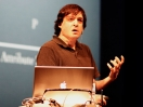 Dan Ariely se pt: Ovldme vlastn rozhodnut?