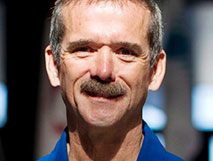 Chris Hadfield image