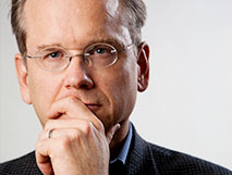 Lawrence Lessig image