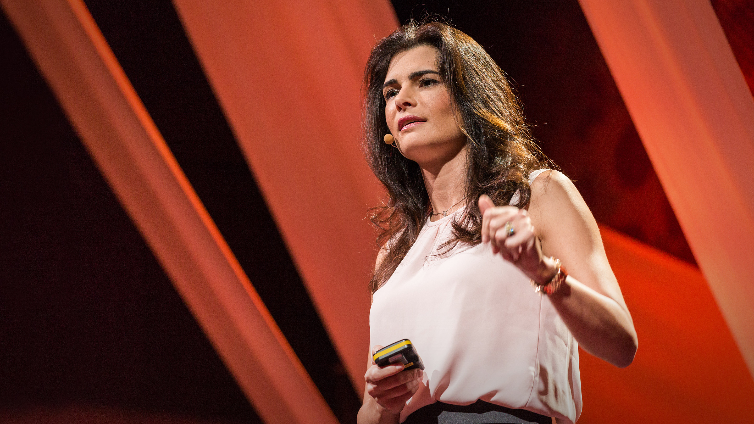 Leila Hoteit: 3 lessons on success from an Arab businesswoman thumbnail