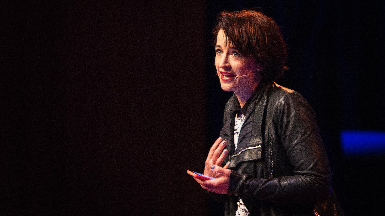 Megan Washington: Why I live in mortal dread of public speaking thumbnail