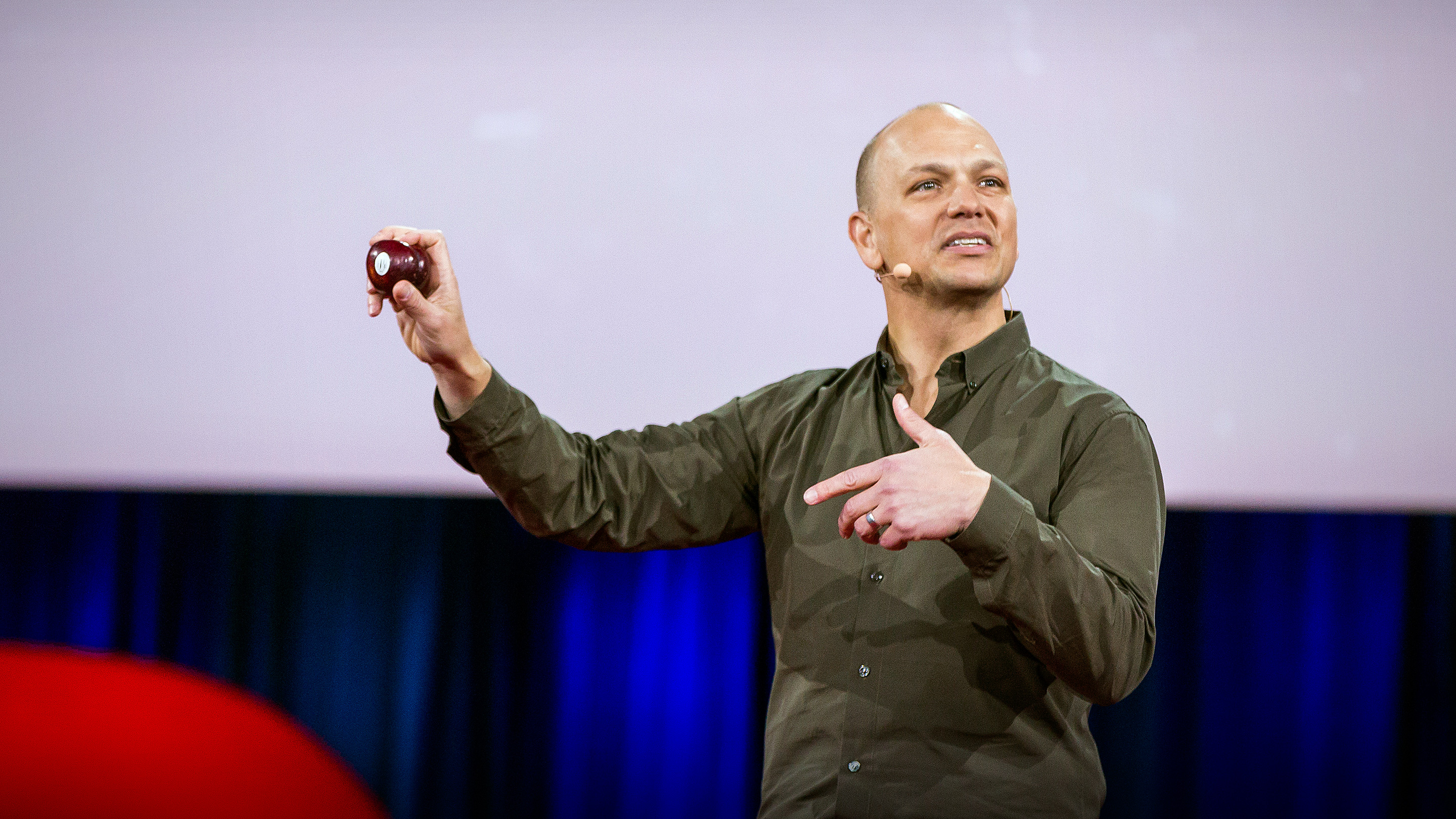Tony Fadell: The first secret of design is ... noticing thumbnail