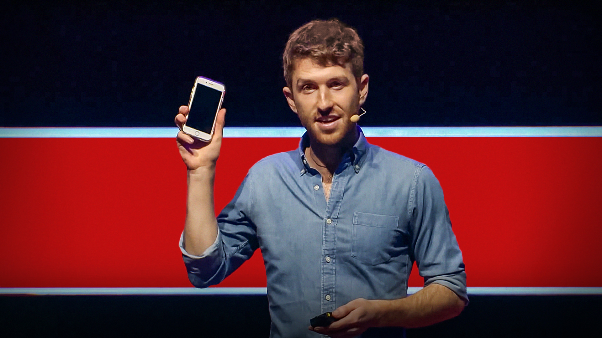 Tristan Harris: How better tech could protect us from distraction thumbnail